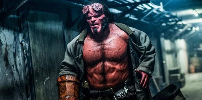 Hellboy'dan İki Yeni Poster Paylaşıldı