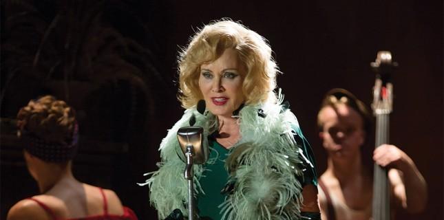 Jessica Lange 'American Horror Story'e Geri Dönüyor