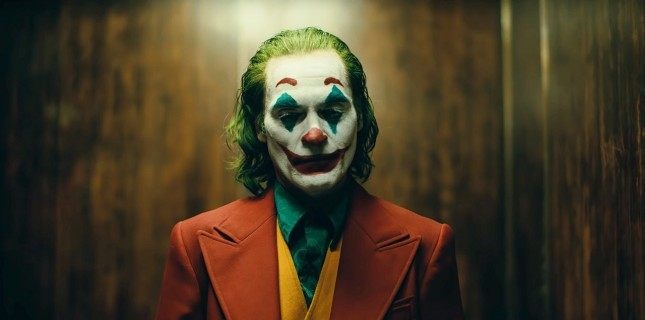 Joker Filmine Ait Yeni Sanatsal Posterler Yayınlandı