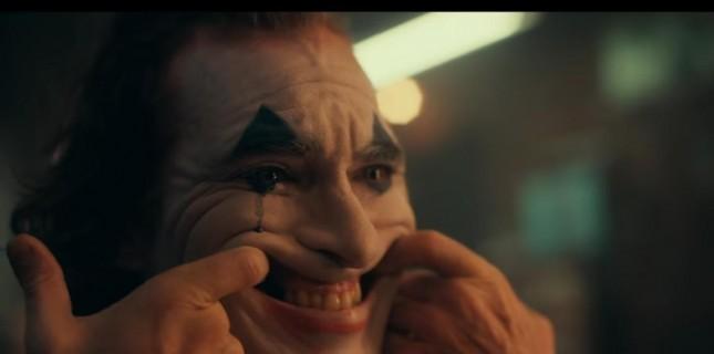 Joker'den Yeni Bir Görsel Yaş Sınırı Haberi İle Birlikte Geldi