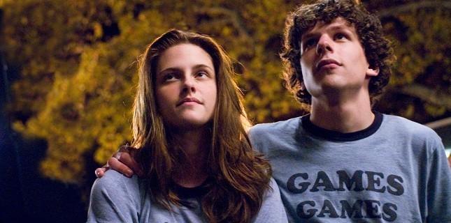 Kristen Stewart ile Jesse Eisenberg Bir Araya Geliyor