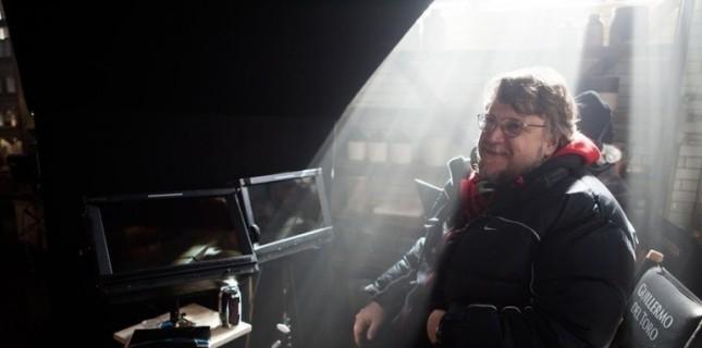 Leonardo DiCaprio, Guillermo del Toro İmzalı Nightmare Alley'nin Başrolünü Üstlenebilir