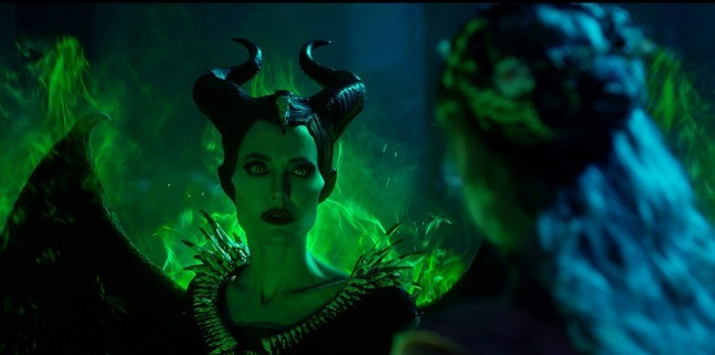 Maleficent: Mistress of Evil'dan Karakter Posterleri Paylaşıldı!