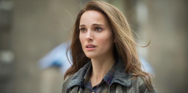Natalie Portman'a film yapımcısının jetinde taciz tuzağı!