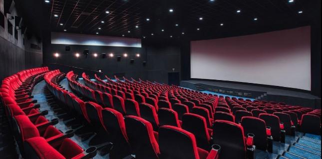 Sinema Salonları 12 Mayıs'ta Açılacak!