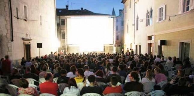 Sinemasız Kentlere 'Yazlık Sinema' Desteği