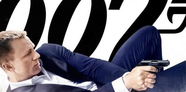Skyfall'dan en iyi Bond açılışı