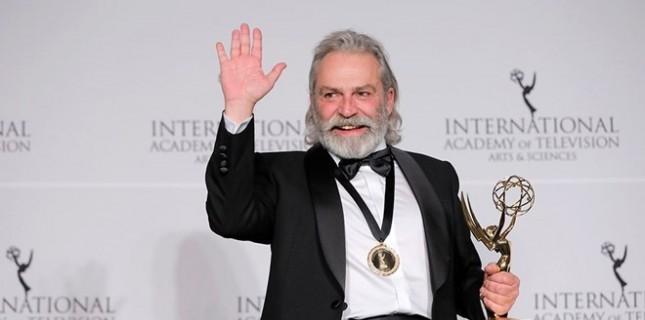 Uluslararası Emmy Ödülleri'nde En İyi Erkek Oyuncu Haluk Bilginer Oldu!