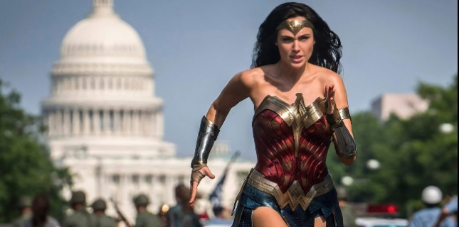 Wonder Woman 1984 Ağustosa Ertelendi