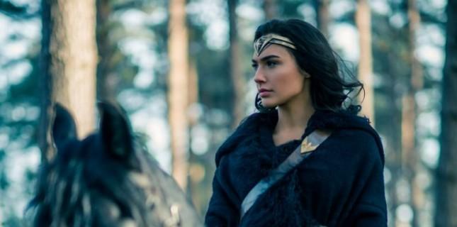 'Wonder Woman 1984'ün Vizyon Tarihi 2020 Yılına Ertelendi