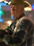 Clu Gulager profil resmi