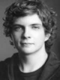 Erik Knudsen profil resmi