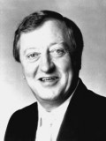 Graham Kennedy profil resmi