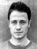 Oliver Milburn profil resmi
