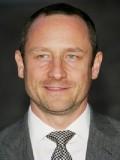 Sam Robards profil resmi