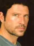 Anthony Michael Jones profil resmi