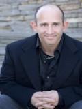 Christopher Neiman profil resmi