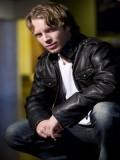 Dustin Leighton