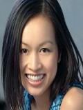 Elizabeth Thai profil resmi
