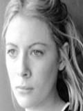 Emily Beecham Oyuncuları