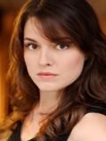 Emily Hardy Oyuncuları