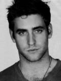 Oliver Jackson-Cohen profil resmi