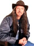 Pat Simmons profil resmi