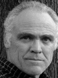 Richard Fullerton profil resmi