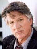 Stephen Macht profil resmi