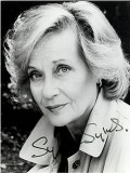Sylvia Syms profil resmi