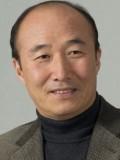 Yoon Joo-sang