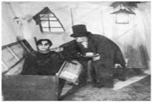 Dr. Caligari'nin Muayenehanesi Resimleri