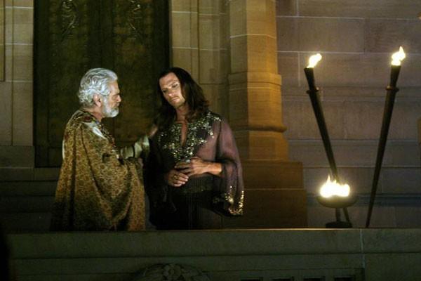 One Night with the King Resimleri