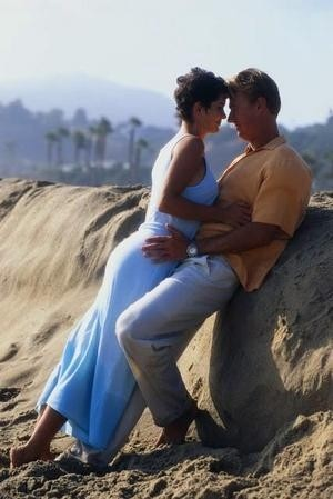 Love Is A Many-Splendored Thing Resimleri