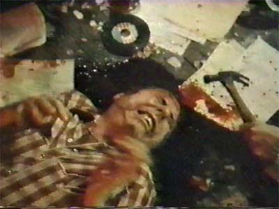 The Texas Chainsaw Massacre 2 Resimleri