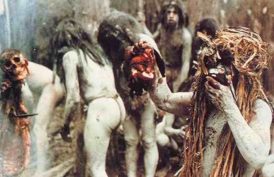 Cannibal Holocaust Resimleri