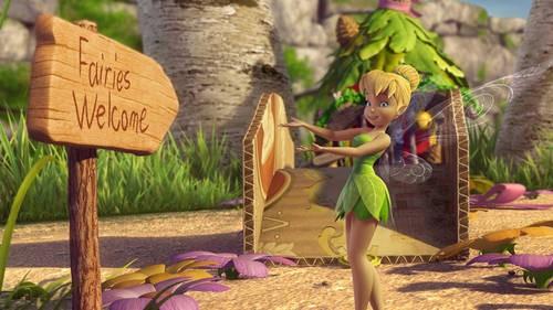 Tinker Bell ve Peri Kurtaran Resimleri