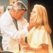 Dr. T Ve Kadınları Resimleri 1